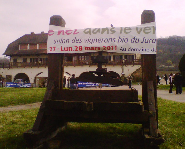 Organic wine fair at Domaine La Pinte ©Wink Lorch
